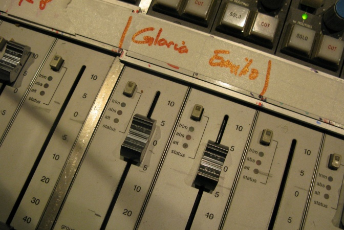 Gloria Estefan in The Metro's Festive Radio
