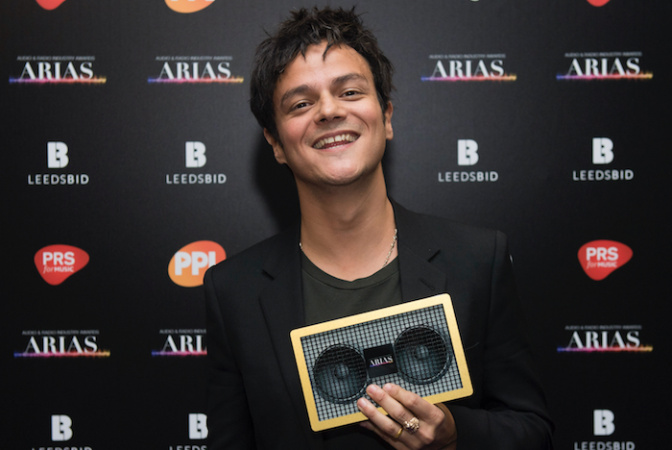 Jamie Cullum wins Gold for Best Music Presenter at ARIAS!